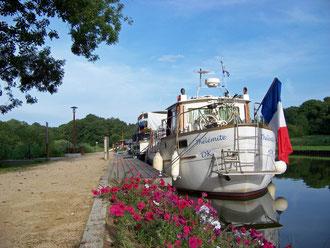 Halte fluviale de Montreux-Château - Cliquez pour agrandir la photo