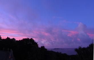 台風前日の朝焼け