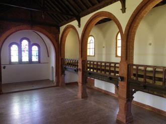 Nach der Restaurierung 2012 - Blick Richtung Altarraum
