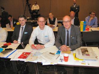 Drei der Gütersloher Delegierten: (v.l.) Patrick Büker (Rheda-Wiedenbrück), Thorsten Baumgart (Schloß Holte-Stukenbrock) und Hermann Ludewig (Borgholzhausen)
