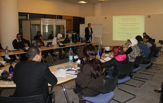 Sebastian Schäffer holding a workshop on Policy Research Tools for the National Democratic Institute in Amman