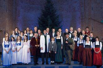 Münchner Weihnachtssingen Heilige Nacht 2009 mit Enrico de Paruta und seiner großen Solistenbesetzung in der Allerheiligen-Hofkirche der Münchner Residenz
