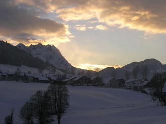 Auf dem Weg nach Appenzell unterhalb vom Säntis