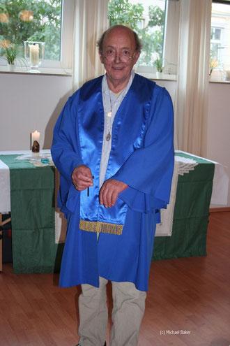 Reverend Michael Baker bei einer Weihe 2008.