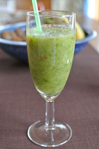 Feine Vitaminbombe - Grüne Smoothies: Salat zum Trinken