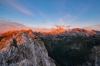 Der Triglav, Bergmassiv im Sonnenuntergang