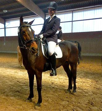 Dante mit Michelle, 7,2, 4. in der E-Dressur auf unserem Reitertag.