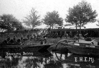 Am Wietmarscher Hafen die Pferdebahn und Boote auf dem Nord-Süd-Kanal