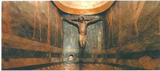 chapelle Santo Cristo; christ en noyer du XIIe siècle
