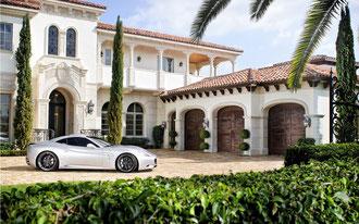 本物のmansionです  大富豪の大邸宅のことなので、外人にマンションに住んでいるなんて間違っても言えません