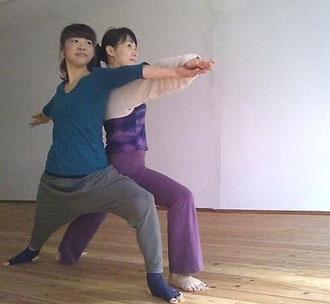 pair yoga pose