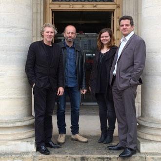 Stéphane Gemmani avec Eric Pliez président du Samu social de Paris, Mme Caumon de la Croix Rouge Paris et Jérôme Colrat du Samu Social de Lyon...