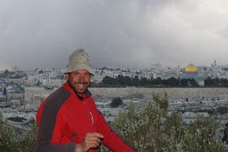 Im Janar 2010 auf dem Ölberg. Blick auf Jerusalem.