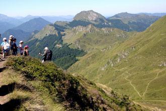 Randonnée en montagne ariégeoise depart village de vacances soueix