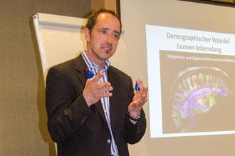 """Dr. Albert Lichtenthal: Demografischer Wandel und seine Potentiale """"Lernen lebenslang"""""""