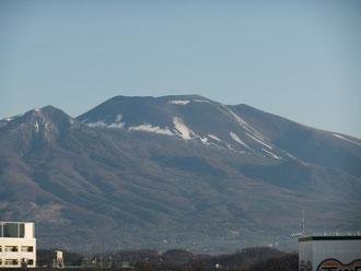 佐久市から見る浅間山