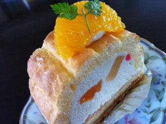 隆勝堂ケーキ