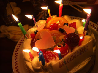 同窓会で、私の誕生日のお祝いまでしてもらいました♡