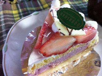 隆勝堂いちごのケーキ