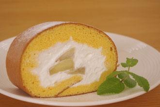 糸島フルーレ紅玉りんごのロールケーキ