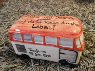 VW Bus, VW Spardose, mit Gewicht, Größe, Taufe, Datum und dem Namen 55,-