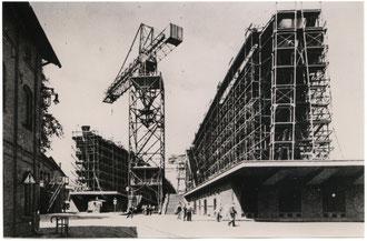 """""""Gneisenau"""" auf der Helling III 1935 (Foto: DWK)"""
