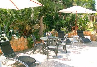 Ferienwohnungen Mallorca, CASA MONICA, Garten