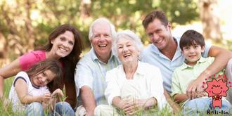 典型的な幸せ3代家族