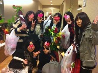八女ジュニア合唱団の高校生の団友たち。右端が娘。