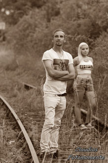 """""""Eisenbahnschienenfotos"""" sind doch immer wieder cool...."""