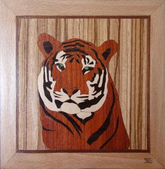 TB0902 - Tigre - marqueterie - Atelier Eclats de Bois - 38 isère