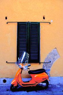 Tuscany - 'Vespa'