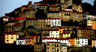 Tuscany - 'Terraced Town'