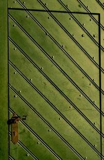 Austria - 'Simple Lines'