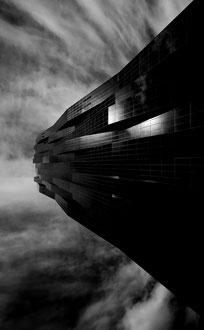 'Space Wall' B&W - Vienna