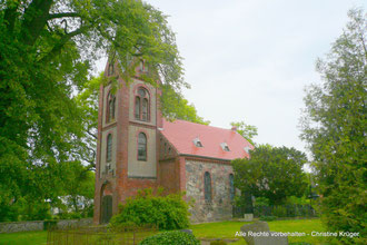 Kirche BUCHAR (bei Altentreptow) - 2014  -  church in Buchar (near Altentreptow)