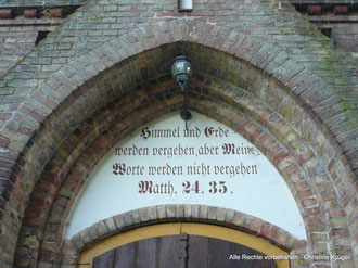 Kirche Golchen - Portal  -  church in Golchen