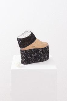 Christa Schmid - Ehrlinger , o. T., 2012; Schuhleisten, Gummi, ca. 30 x 20 x 10 cm / untitled, 2012, last, rubber, approx. 12 x 8 x 4 inches