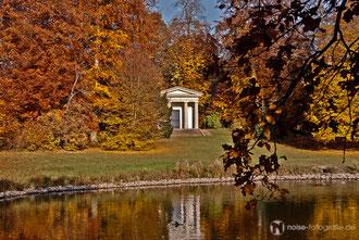 der dorische Tempel im Schlosspark