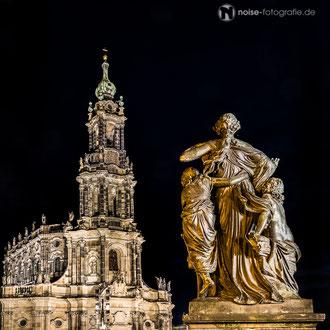 Dresden bei Nacht - katholische Hofkirche