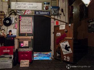 Fleischer seine Drecksbude beim zweiwöchigen Scheune Schaubudensommer in Dresden