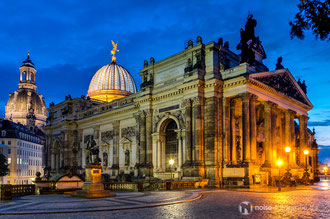 Dresden bei Nacht - Kunstakademie