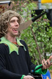 Gauklereien mit den Radugas beim mittelalterlichen Blütenfest in Neufrankenroda 2014