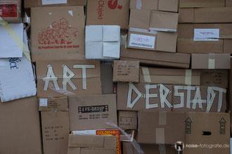 Wir bauen uns ein Haus - Performance & Kunstgebung des art der stadt e.v.