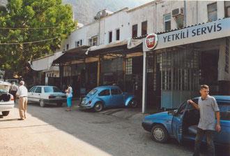 türkische Autowerkstätten, einfach aber gut :-)