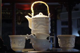 chinesisches Porzelan im Teehaus