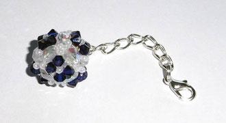 Kugelanhänger aus edlen Swarovski Glasschliffperlen von und Rocailles. blau transparent