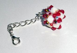 Kugelanhänger aus edlen Swarovski Glasschliffperlen von und Rocailles. rot weiß