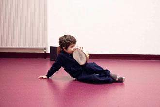 Jeune tambourineur