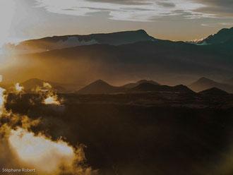 Soleil couchant sur le Piton de la Fournaise, Ile de la Réunion